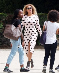 Pin for Later: Beyoncé and Blue Ivy in Matching Dresses May Overwhelm You With Cuteness