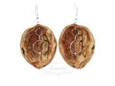 Earrings made from nutshells Handmade Jewelry, Pendants, Drop Earrings, Bracelets, Etsy, Fashion, Jewerly, Moda, Handmade Jewellery