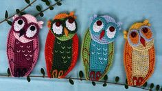Crochet pattern for owl applique from Germany. These are so cute!