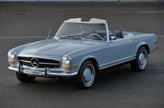 Cool Mercedes 2017: The Pagode 280 SL...  Vintage Dream Cars Check more at http://carsboard.pro/2017/2017/01/20/mercedes-2017-the-pagode-280-sl-vintage-dream-cars/