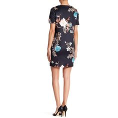 Missguided Floral Print V-Neck Shift Dress ($25) ❤ liked on Polyvore featuring dresses