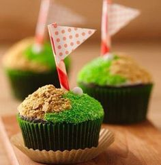 Cute on-the-green cupcakes