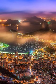atraversso:  Rio de Janeiro - Brazil  by Wellington Goulart  I wish I could be there for the World Cup *cries*