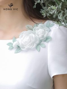 Embroidery On Clothes, Embroidery Suits, Hand Embroidery Designs, Ribbon Embroidery, Embroidery Stitches, Ribbon Flower, Fabric Flowers, Girls Fashion Clothes, Girl Fashion