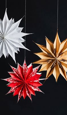 Paperitähti on joulun helpoin koriste | Meillä kotona Christmas Projects, Christmas Humor, Christmas Time, Merry Christmas, Xmas, Christmas Decorations, Christmas Ornaments, Holiday Decor, 242