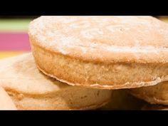 Biscuiți simpli cu unt - YouTube Cornbread, Biscuit, Cooking Recipes, Ethnic Recipes, Youtube, Food, Millet Bread, Chef Recipes, Essen