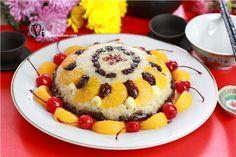 Eight-Treasure Rice Recipe (八寶飯)  http://cooking.nytimes.com/recipes/7619-eight-treasure-rice-pudding