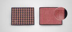 Jonodesign - Noblesse Oghma by Lisa Fisher - 15 x 20 cm microfiber tablet cloth + HD Wallpaper for smartphone, tablet & desktop