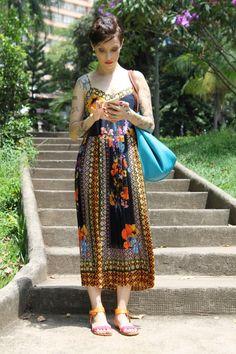 Vestido Midi da Farm usado pela Cris Guerra, do blog Hoje vou Assim. <3