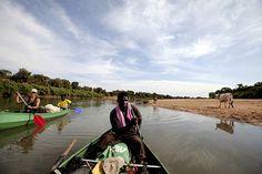 Helen Jones-Florio, Ebou Jarju & Abdou Ndong, River Gambia, Senegal © Jason Florio
