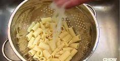 5 erreurs à ne pas faire en égouttant les pâtes alimentaires! - Trucs et Astuces - Trucs et Bricolages