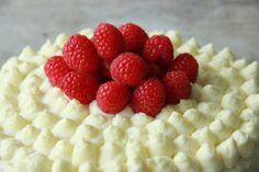 Himbeer Mascarpone Törtchen mit weißer Schokoladen Ganache Raspberry mascarpone Cake white chocolate ganache