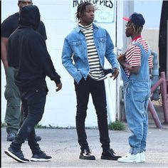 "juugmayne: "" kanyerunawaywest: "" Ian, Rocky and Kanye at the House of Pies in LA "" Your weed man, your aunt who went to France once and think she cultured, and you little brother your mom make you. Asap Rocky Fashion, Jiff Pom, Insta Memes, Streetwear, Growing Up With Siblings, Pretty Flacko, Funny Animal Pictures, Bizarre Pictures, Funny Animals"