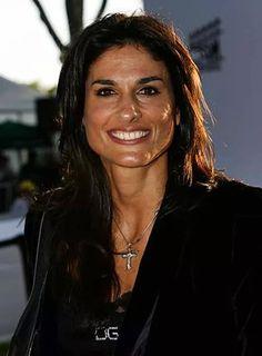 Ana Ivanovic, Tennis Players Female, Sport Tennis, Sports Stars, Sport Casual, Female Athletes, Cristiano Ronaldo, Sports Women, Champion