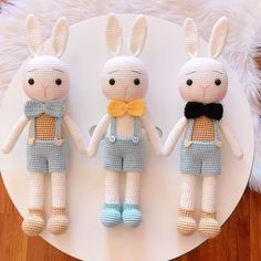 Camila Vianna (@vianna12) • Fotos e vídeos do Instagram Crochet Bear Patterns, Crochet Bunny, Crochet Dolls, Crochet Yarn, Cool Gifts For Kids, Handmade Baby Gifts, Funny Toys, Crochet Videos, Doll Toys