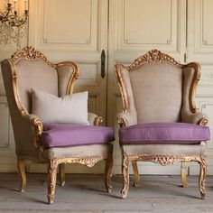 Gorgeous Italianate Vintage Pair of Bergeres in Gold Gilt from Bella Cottage