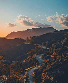 The Hollywood Hills Going To California, California Dreamin', Hollywood California, City Aesthetic, Travel Aesthetic, San Diego, San Francisco, Los Angeles Wallpaper, Places To Travel