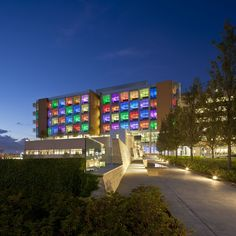 Gallery of Nemours Children's Hospital / Stanley Beaman & Sears - 1