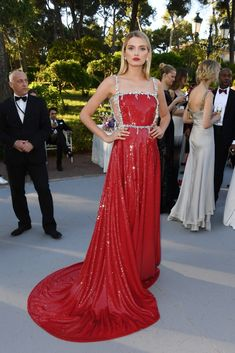 281 Best red carpet   style etcetera images  eab136fb6296