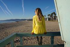 Hannah Running Jacket with pleats. Rönnisch SS17 #runningjacket #pleats #forhipsinmotion #venicebeach