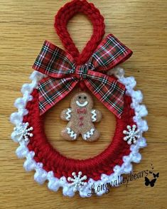 Diy christmas ornaments 381820874643318960 - Hand Crochet Christmas Ornament Christmas by longvalleybears Source by longvalleycreations Crochet Christmas Wreath, Crochet Wreath, Crochet Christmas Decorations, Crochet Ornaments, Christmas Crochet Patterns, Holiday Crochet, Noel Christmas, Diy Christmas Ornaments, Crochet Gifts