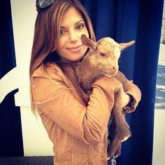 Amie loves animals and animals love her. #FlippingVegas
