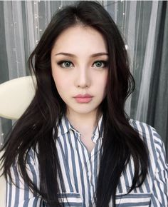 Korean Makeup Inspiration PONY Effect Nudie Glow Australia Korean Makeup Look, Korean Makeup Tips, Korean Makeup Tutorials, Asian Makeup, Korean Beauty, Asian Beauty, Korean Wedding Makeup, Pony Makeup, Pony Effect Makeup