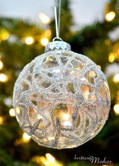 beautiful simply DIY glitter ornaments