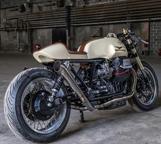 """9,080 Likes, 32 Comments - CAFE RACER caferacergram (@caferacergram) on Instagram: """"We've teamed up again with @pipeburn and @gentlemansride to bring you @assandkeys classic custom…"""""""