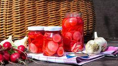 Nakládané ředkvičky v pikantním láku Salads, Vegetarian, Vegetables, Fermented Foods, Vegetable Recipes, Salad, Veggies, Chopped Salads