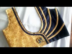 Awesome Blouse Neck Designs Cutting and Stitching – Tutorial Awesome Blouse Back Neck Designs Simple Cutting and Stitching Blouse Back … Simple Blouse Designs, Stylish Blouse Design, Saree Blouse Neck Designs, Neckline Designs, Dress Neck Designs, Salwar Designs, Ladies Blouses, Easy, Youtube