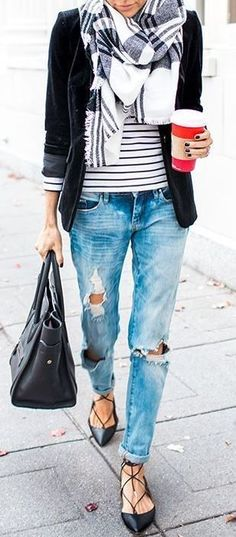 this boyfriend jeans outfit is so cute! http://www.99wtf.net/men/mens-accessories/mens-watches-designer/