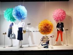 Visual Merchandising & Window Display Ideas From Japan Spring Window Display, Fashion Window Display, Window Display Retail, Fashion Displays, Window Display Design, Retail Windows, Shop Windows, Retail Displays, Shop Displays