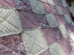 Hey, I found this really awesome Etsy listing at http://www.etsy.com/listing/153830949/throw-size-red-toile-rag-quilt-bedding