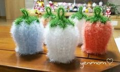 초롱꽃수세미 업그레이드!!! 이번 업글버전은 뜨기 더 쉽고!!! 실도 작게들며!!!... Baby Knitting Patterns, Crochet Patterns, Cross Stitch Silhouette, Origami, Crochet Flowers, Flower Crown, Diy And Crafts, Lily, Embroidery
