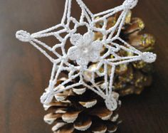 Crochet snowflakes,Christmas ornaments,Baby/Bridal shower Gift,Crochet ornaments,Handmade ornaments/Snowflakes,Vintage Christmas,Fiber art#1