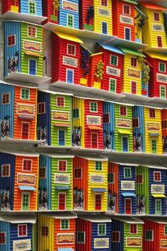 Caminito, barrio de La Boca de la Ciudad de Buenos Aires (Argentina) - (multi-color, apartments, homes)