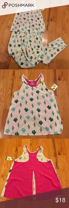 """NWT JASMINE & GINGER SUMMER PAJAMA TANK SET CACTI NWT JASMINE & GINGER XS SUMMER PAJAMA SET TANK TOP AND BOTTOMS CACTUS CACTI PRINT MEASUREMENTS LYING FLAT TOP: ARMPIT TO ARMPIT 16.5""""  LENGTH 25""""  TOP HAS A SOLID PINK SPLIT BACK  BOTTOMS:  WAIST 12"""" ACROSS UNSTRETCHED  INSEAM 30""""  VERY LIGHTWEIGHT FLOWY MATERIAL jasmine & ginger Intimates & Sleepwear Pajamas"""