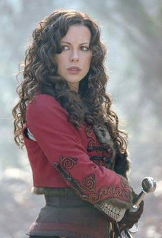 Kate Beckinsale as Anna Valerious in Van Helsing