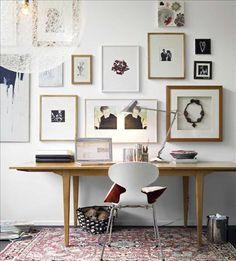 Skapa färgteman, collage och personliga konstverk, lek med ramar och passepartout och matcha eller b...