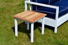 DIY Furniture : DIY Simple White Outdoor End Table