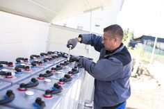 Bundesregierung fördert seit Jahresbeginn wieder Solarstromspeicher - http://www.immobilien-journal.de/energie/photovoltaik/bundesregierung-foerdert-seit-jahresbeginn-wieder-solarstromspeicher/