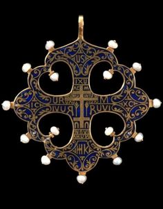 A gold, enamel and pearl Archaeological Revival pendant, ca.1880, London, England, by Carlo Giuliano. ~ETS  #hearts #pendent #pearls