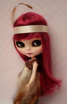 I really want a Blythe doll but they are so creepy