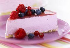 Bosvruchten Kwarktaart. Ain't no better cake. Most important: I can make it myself!