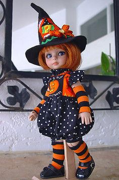 Halloween-romper-fits-Tonner-Patsy-Ann-Estelle-10-11-doll-LittleCharmersDollDesigns. Ends 9/28/14. SOLD for $65.11