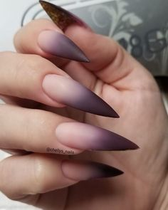 Stiletto nail art design is one of the classic nail shapes. Stiletto nails are also known as claw nails. With a larger surface, our nails can be very creative. Stiletto nails look more sexy and attractive than regular long nails. The Stiletto nail de Ombre Sombre, Dark Ombre, Ombre Nail, Goth Nails, Stiletto Nails, Pointed Nails, Matte Nail Art, Acrylic Nails, French Nails