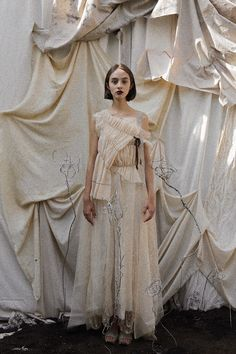 Here are designs meant for a dissolute Cinderella, a Sleeping Beauty awakened with a kiss, clad in an artfully tea-stained gauzy gown. Ethereal Makeup, Ethereal Wedding Dress, London College Of Fashion, Aesthetic Fashion, Fae Aesthetic, Trends, Editorial Fashion, Textiles, Modern