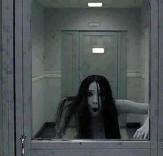 The GRUDGE – Literally the only form of supernatural entity that will scare the shit out of me. The GRUDGE – Literally the only form of supernatural entity that will scare the shit out of me. The Grudge, Scary Movies, Horror Movies, Ghost Movies, Shadow Runner, Japanese Urban Legends, Horror Photos, Japanese Horror, Film Serie
