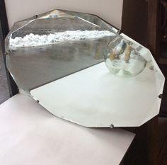 puutaustainen fasettihiottu peili 30-40 luvulta Ranskasta . korkeus 49cm . leveys 74cm . @kooPernu